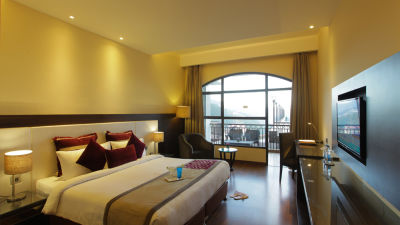 Hotel rooms in Shimla Premium  Room Marigold Sarovar Portico Shimla, top hotels in Shimla