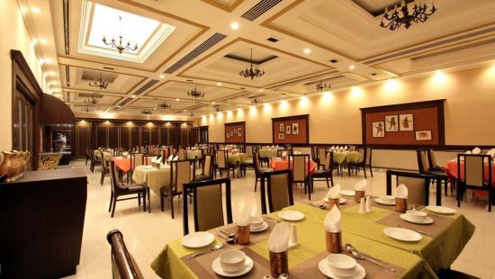 Taj Mahal Hotel Abids Hyderabad Dakshina Mandapa 04