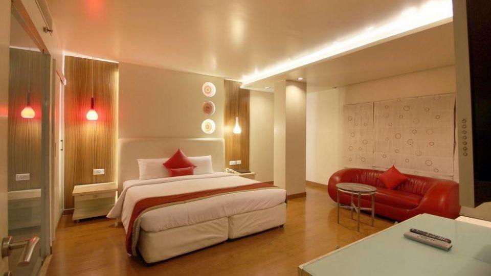 Taj Tri Star Hotel Suites 01