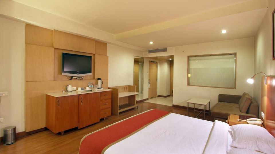 Taj Tri Star Hotel Superior Deluxe 02