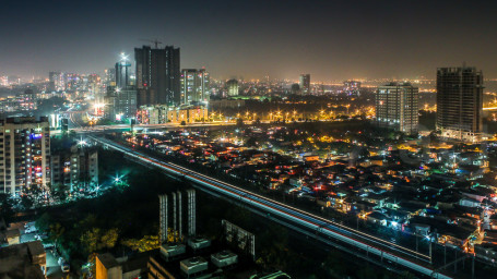 Nightlife in Mumbai Stay at Ramada Palm Grove