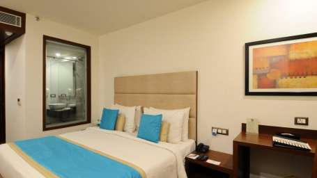 Superior room Hotel Ascent Biz Noida