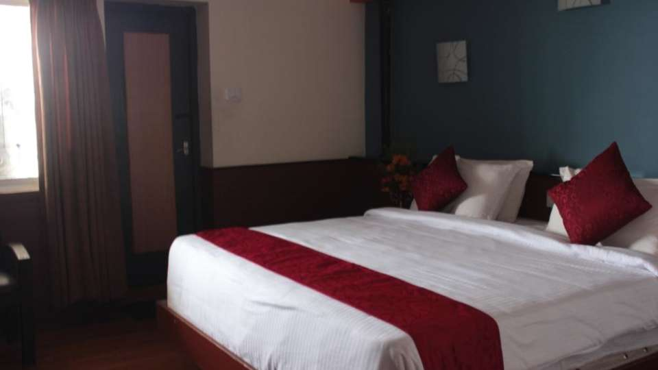 Jayaraj Residency, Kodaikanal  Deluxe Room Jayaraj Residency Kodaikanal 19