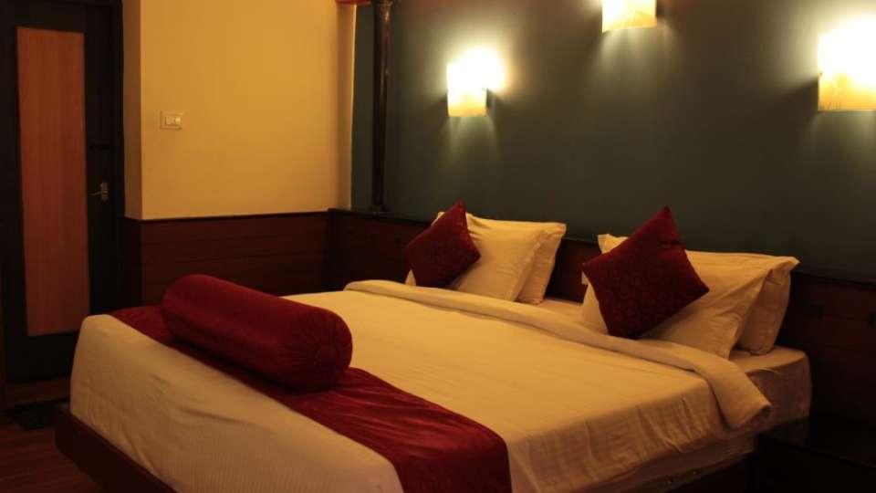Jayaraj Residency, Kodaikanal  Deluxe Room Jayaraj Residency Kodaikanal 30