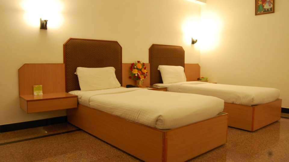 EXECUTIVE ROOM at Hotel SRM Trichy 1