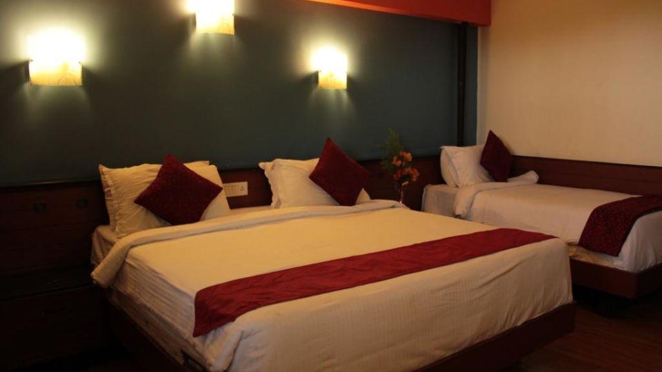 Jayaraj Residency, Kodaikanal  Deluxe Room Jayaraj Residency Kodaikanal 22