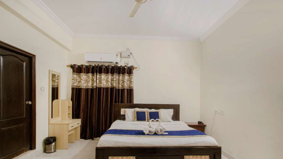 Rooms at Hotel NirmalVilla Cherry Service Apartment - Begumpet Hyderabad 8