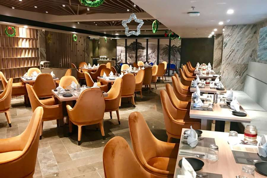 alt-text Restaurant in Lucknow, Levana Suites, Cosme 5