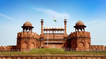 New Delhi City Tour by Car Innova car