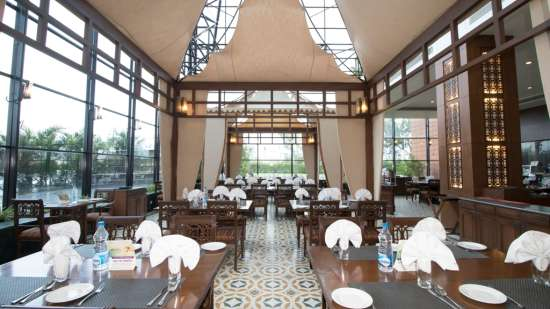 Boulevard Restaurant at The Orchid Hotel Pune - 5 Star dining in Pune
