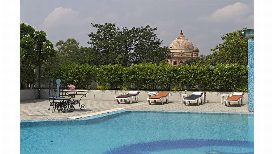 Clarks Avadh, Lucknow Lucknow Poolside Clarks Avadh Lucknow 3