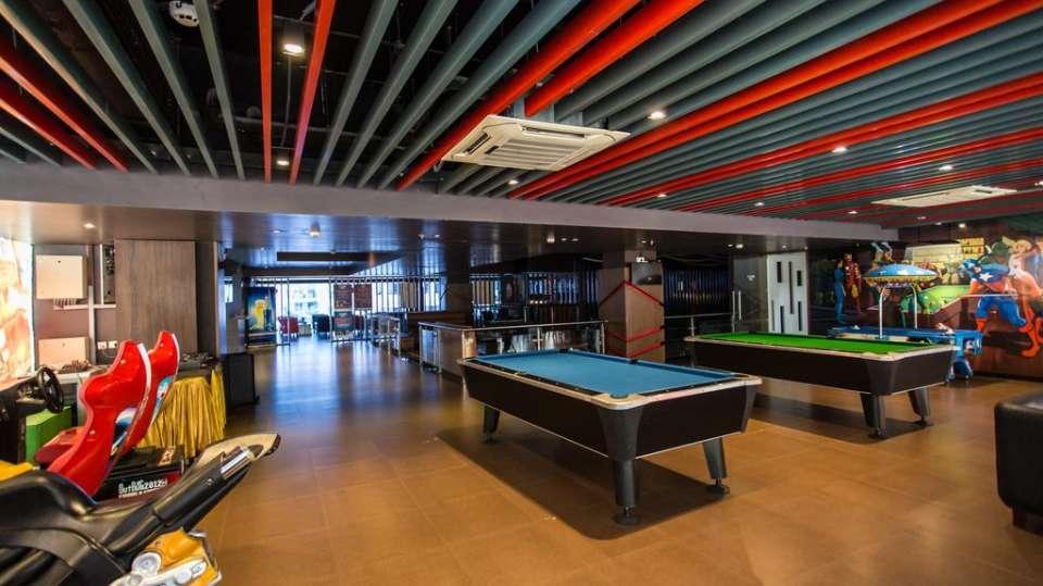 skittles sports bar at club 29