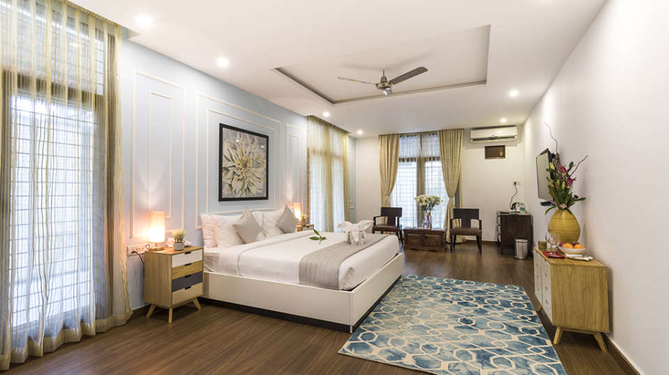 Rooms at The Bougain Villa Hotel in Bangalore near to MG Road 6