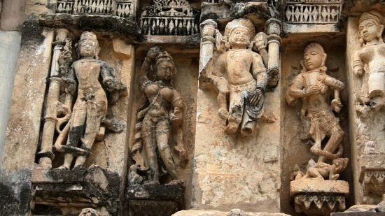 Hill Fort Kesroli - Alwar Kesroli Sculptures  Neelkanth temple  Alwar district  Rajasthan  India  IMG 1912