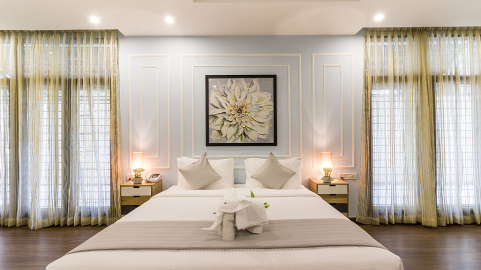 Rooms at The Bougain Villa Hotel in Bangalore near to MG Road 7