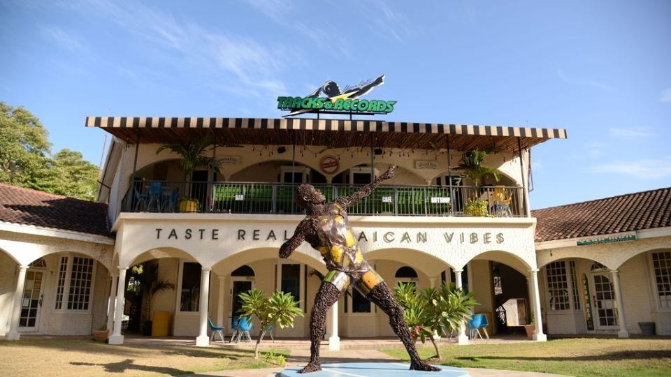 UBT R MOBAY BY LOOP JAMAICA