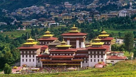 920de4c69eb8dc956b6687b1e78ae804-trashi-chhoe-dzong