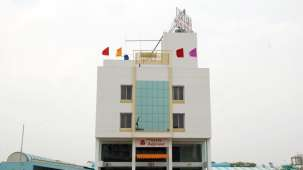 Facade of Grand Ashirwad Beacon Hotel Bhopal 2