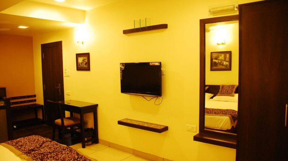 Grand Execuitve Rooms at Grand Ashirwar Beacon Hotel at Bhopal 3