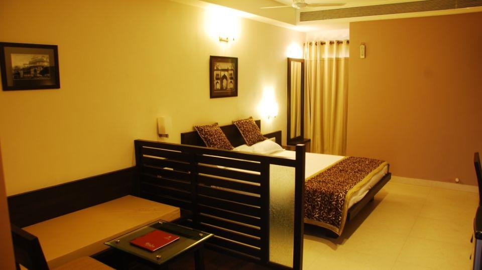 Grand Execuitve Rooms at Grand Ashirwar Beacon Hotel at Bhopal 6