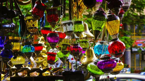 Shopping Hubs in Mumbai1, Near Ramada Plaza Palm Grove, Juhu Beach Hotel