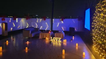 Rooftop Movie Dinner Date at Dragonfly Hotel