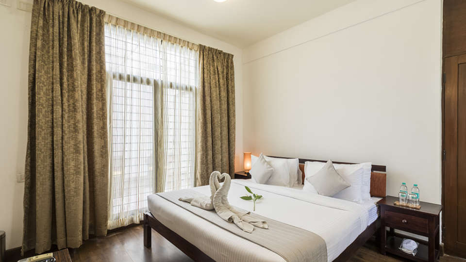 Rooms at The Bougain Villa Hotel in Bangalore near to MG Road 2