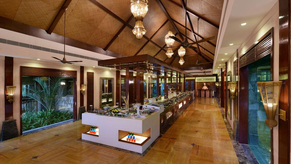 Oasis Restaurant at Ananta Udaipur 4