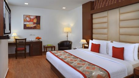 Standard Room at Taurus Sarovar Portico, New Delhi - A Hotel in Mahipalpur near Delhi Airport