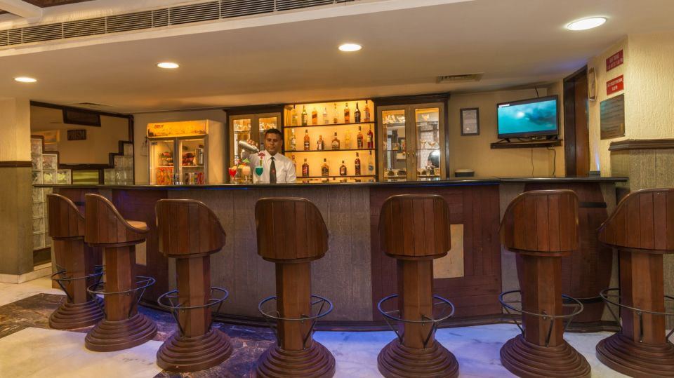 pirates bar2, Hotel Pacific Dehradun, best bars in Dehradun, Dehradun nightlife