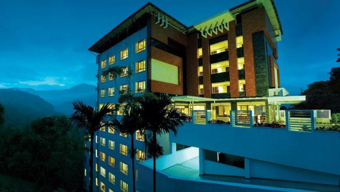 Facade, Gokulam Park Munnar, Best Hotel in Munnar