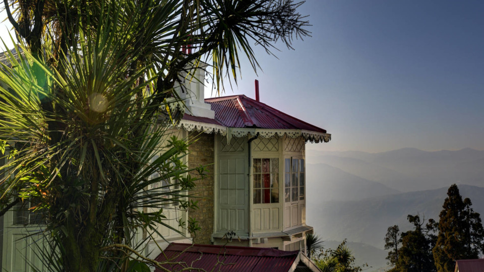 Facade at Summit Swiss Heritage Hotel Darjeeling 10 z6s3w7
