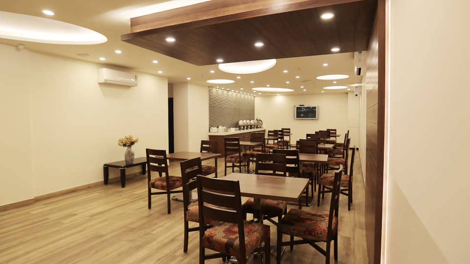 Hotel Pals Inn, Patel Nagar, New Delhi New Delhi Restaurant Hotel Pals Inn Patel Nagar New Delhi 4
