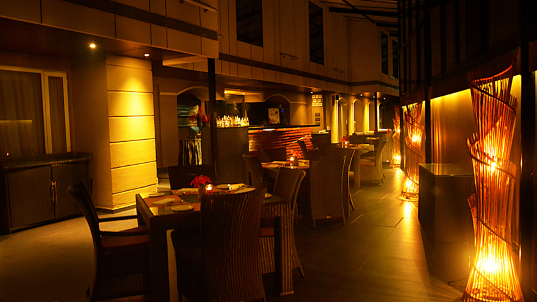 Hotel Z Luxury Residences, Juhu, Mumbai  Mumbai Jal Restaurant Hotel Z Luxury Residences Juhu Mumbai 5