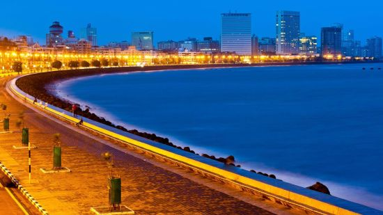 Queens Necklace, Hotel Marine Plaza Mumbai