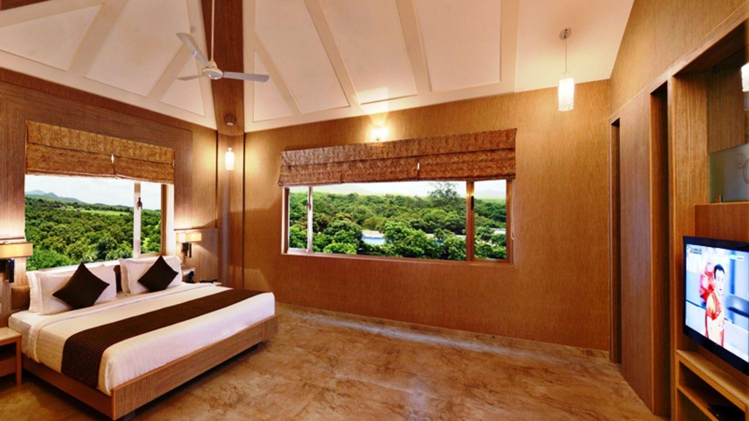 Rooms near Sasan Gir, Stay near Sasan Gir, Sarovar Portico, Sasan Gir