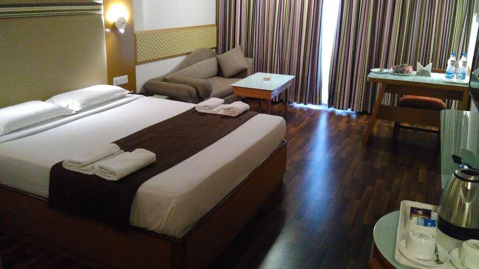 Maurya Hotel, Bangalore Bangalore Executive Room Hotel Maurya Bangalore 3