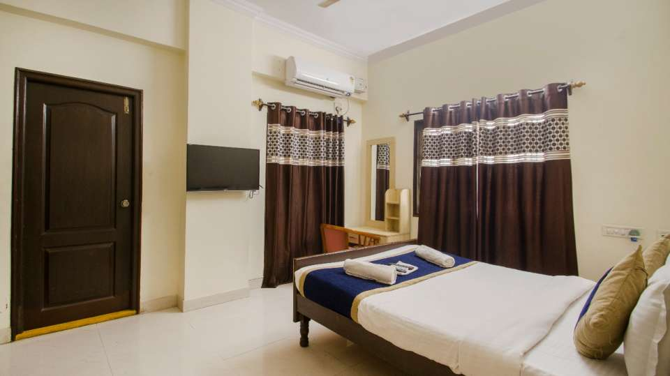 Rooms at Hotel NirmalVilla Cherry Service Apartment - Begumpet Hyderabad 4