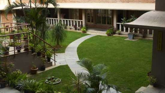 SAIACS CEO center Bangalore Hotel SAIACS CEO Centre Bangalore - Lawn view