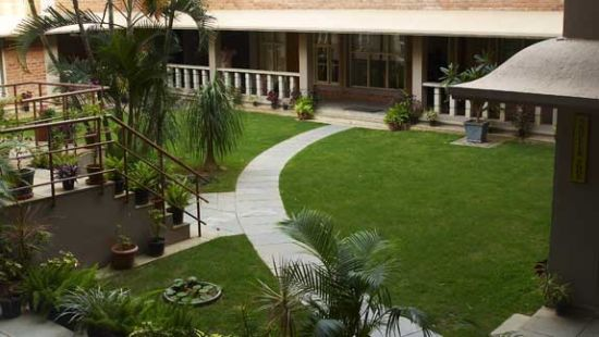 SAIACS CEO center Bangalore Hotel SAIACS CEO Centre Bangalore - Lawn view
