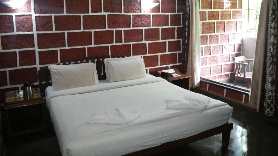 Lotus Beach Resort, Murud Beach, Ratnagiri Ratnagiri Lotus Deluxe Rooms - 2 Lotus Beach Resort Murud Beach Ratnagiri