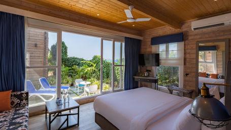 Living Room Chalet- The Living Room Beach Resort Morjim