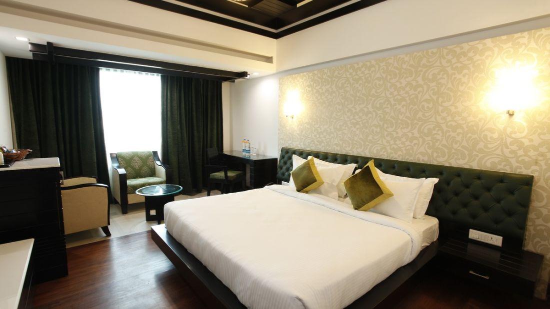 Deluxe Room Hotel Saffron Dehradun 1