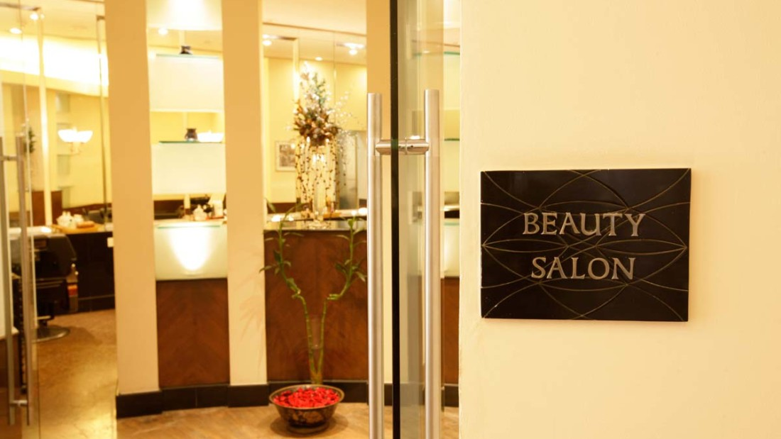 Saloon at The Grand Hotel New Delhi
