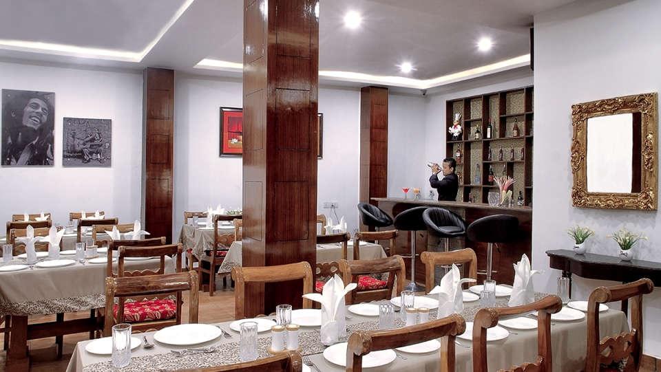 The Royal Oaks Hotel, Gangtok Gangtok Restaurant 10 The Royal Oaks Hotel Gangtok