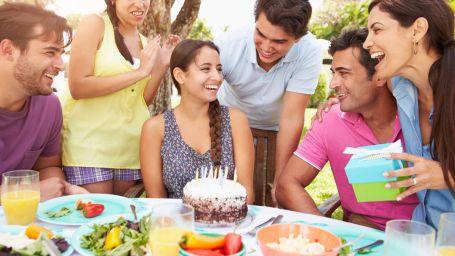 1200-512518029-friends-celebrating-birthday