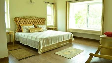 Luxury Room Emerald Hotel 42 Green Pastures Koderi Coonoor Ooty 5 aefexz