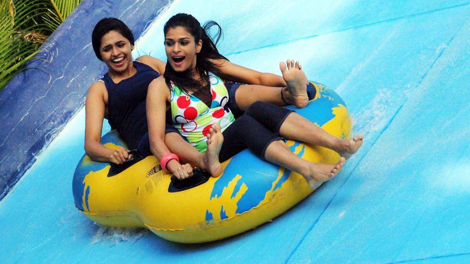 Water Rides - Water Pendulum at  Wonderla Amusement Park Bengaluru