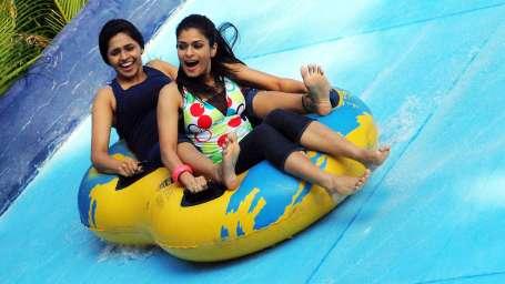Water Rides - Water Pendulum at  Wonderla Amusement Park Bangalore