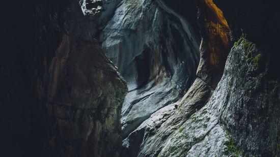 draussen-erkundung-geologie-hohle-1683490